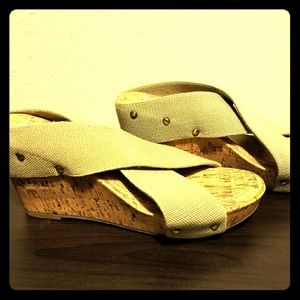Sandals kaki Esprit